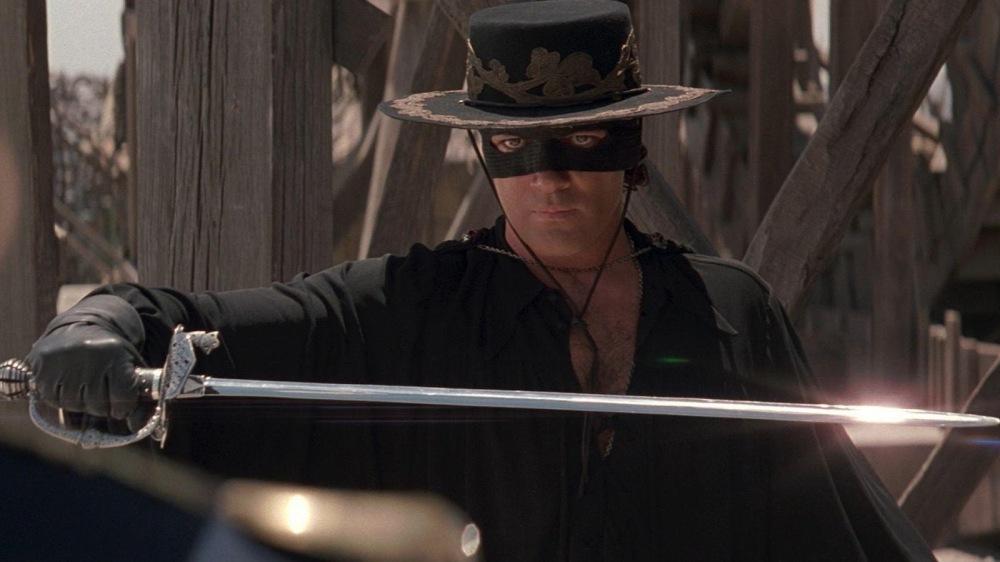 The-Mask-Of-Zorro-1